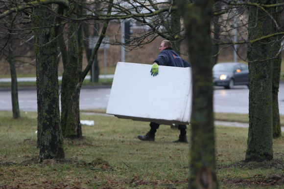 Juliaus Kalinsko/15 minučių nuotr./Stipraus vėjo padariniai