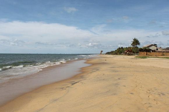 D.Kinderio nuotr./Šri Lankos Indijos vandenyno pakrantė. Bėgiot ant smėlio sudėtinga.