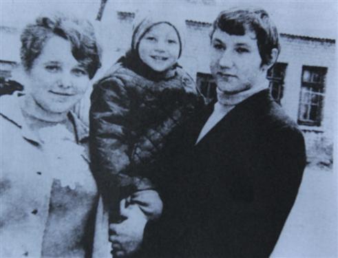 Romas Kalanta su pussesere Dalia Vyšniauskaite ir krikštasūniu Ramūnu