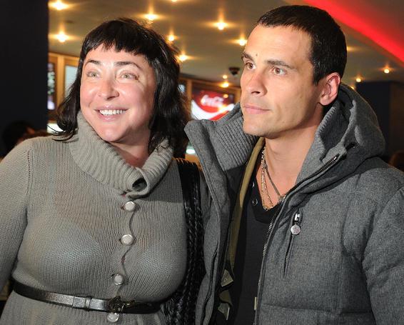 Муж запрещает Лолите есть. Лолита Милявская с мужем Дмитрием Ивановым