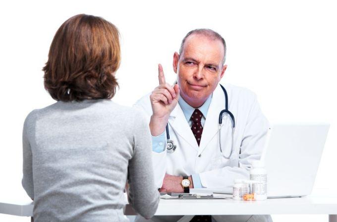 Gydytojas ir pacientė>