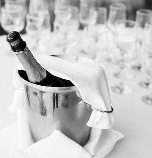 Fotolia nuotr./Šampanas