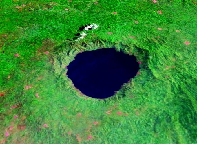 Didziausias ezeras zemeje