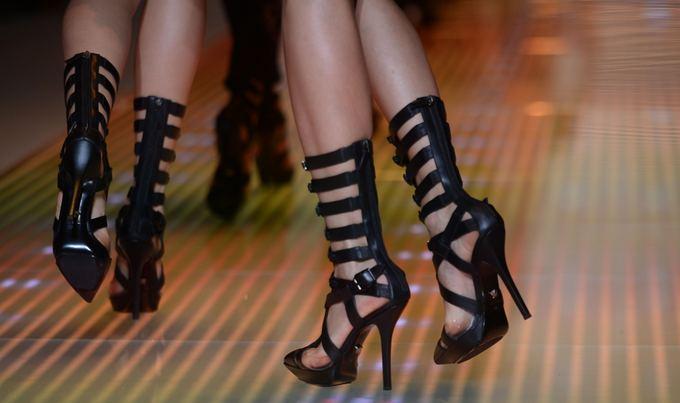 Scanpix nuotr. / Versace kolekcijos modeliai (Milano mados sav.)