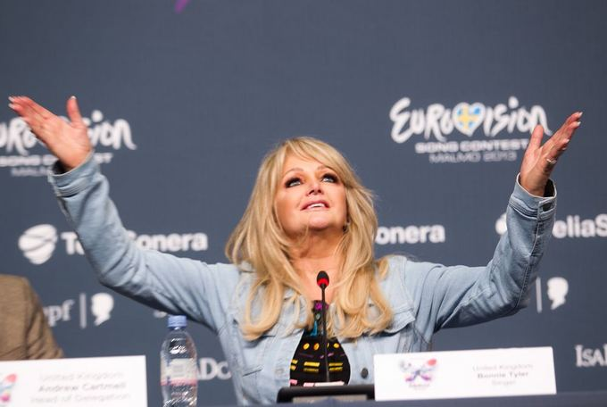 http://s1.15cdn.lt/images/photos/616133/big/bonnie-tyler-5193941c53264.jpg