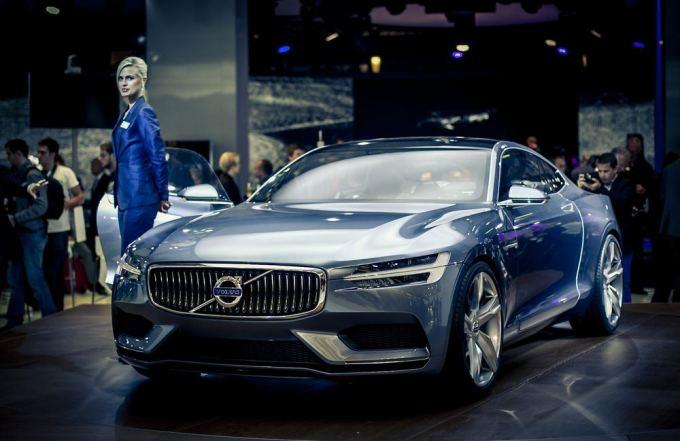 """Volvo Concept Coupe"" automobilis Frankfurto automobilių parodoje"