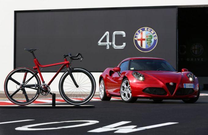 """""""Alfa Romeo"""" dviratis 4C"""