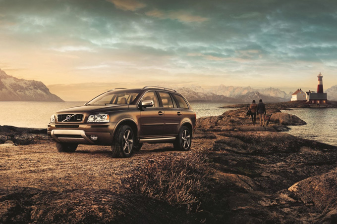 """Volvo XC90 Signature Edition"""