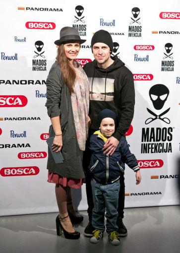 Gretos Skaraitienės/Žmonės.lt nuotr./Jurga Šeduikytė ir Vidas Bareikis su sūnumi