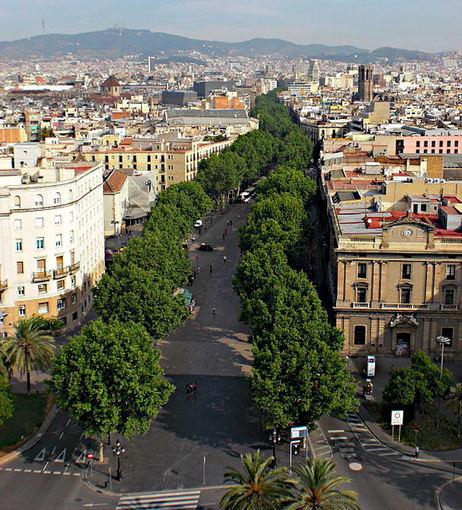 Wikimedia.org nuotr./La Rambla – pagrindinė miesto gatvė