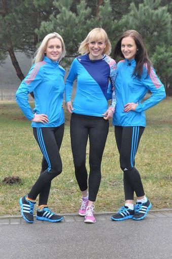 TV3 nuotr./Vlada Musvydaitė su Ieva (kairėje) ir Emilija (dešinėje) Serapinaitėmis