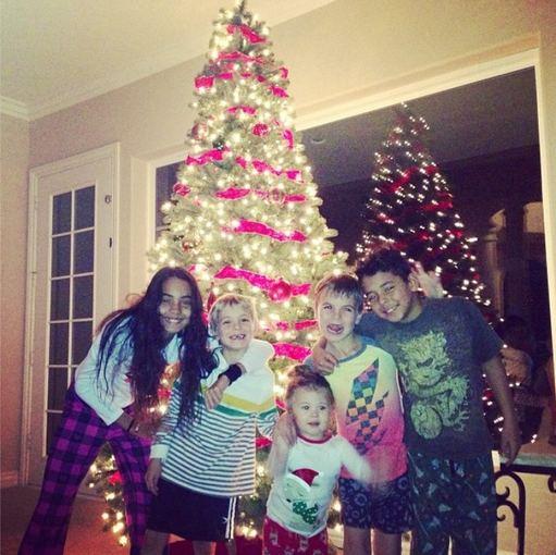 """""""Instagram"""" nuotr./Kevino Federline'o vaikai Kori ir Kalebas (iš kraštų), Seanas Prestonas ir Jaydenas Jamesas ir Jordan Kay (centre)"""