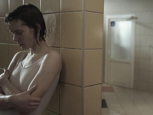 """Kadras iš filmo/""""Aš tave žinau"""" (""""I know you"""", 2009)"""