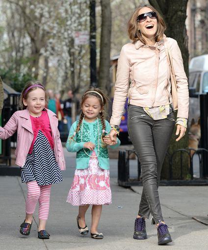 AOP nuotr./Sarah Jessica Parker su dukromis Marion ir Tabitha