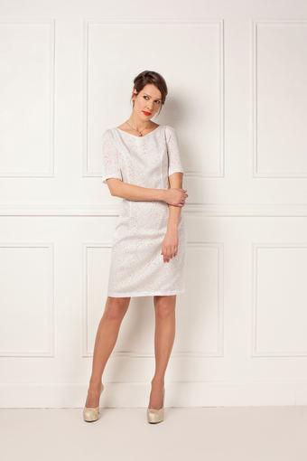 """""""Mosaic"""" nuotr./Balta nėriniuota suknelė"""