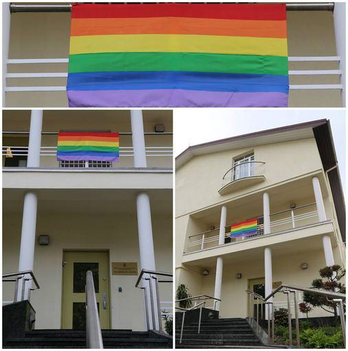 JAV ambasados nuotr./Vaivorykštės vėliava JAV ambasadoje
