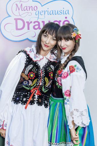 """TV3 nuotr./Projekto """"Mano geriausia draugė"""" dalyvės Anastasija Ivanova su mama Dorota Skinder"""