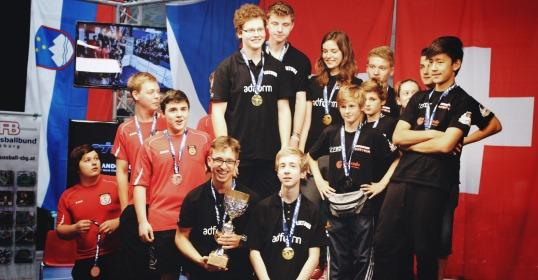 Lietuvos stalo futbolo jauniai – pasaulio čempionai