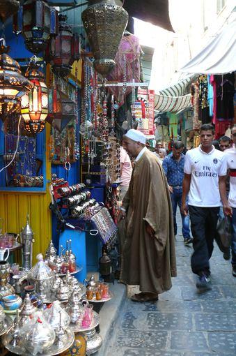 Liucijos Mazaliauskaitės nuotr./Muedzinas Tuniso turguje