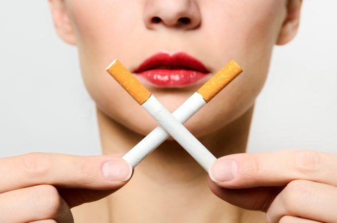 Fotolia nuotr./Rūkymas