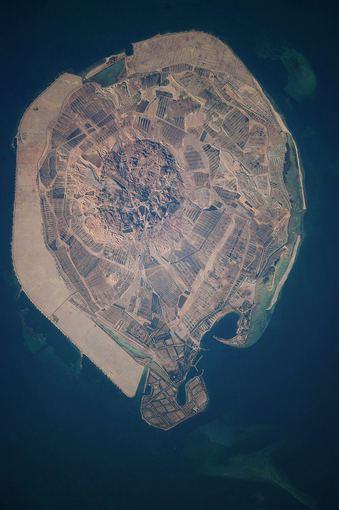 Wikimedia.org nuotr./Sala iš viršaus