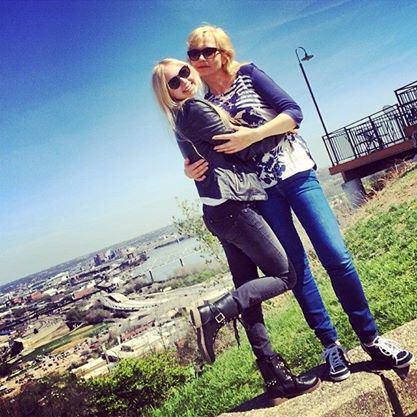 Asmeninio albumo nuotr./Simona Milinytė su mama Marija Miliniene