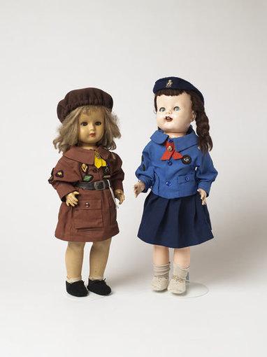 Museumofchildhood.org.uk nuotr./Lėlės iš muziejaus Londone
