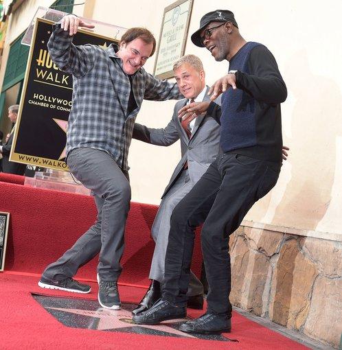 """AFP/""""Scanpix"""" nuotr./Quentinas Tarantino, Christophas Waltzas ir Samuelis L.Jacksonas"""