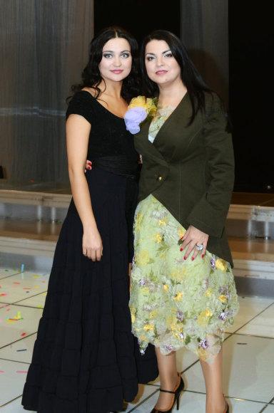 Asmeninio albumo nuotr./Giulija su dukra Monika