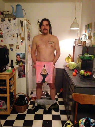 Asmeninio albumo nuotr./Uwe Maxas Jensenas su Kim Kardashian portretu