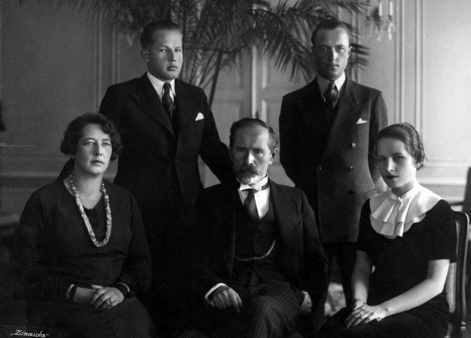 Prezidentas A.Smetona su šeima