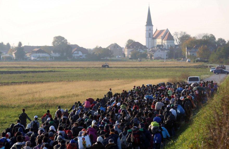 http://www.15min.lt/images/photos/625801/big/migrantai-slovenijoje-562f216c9896c.jpg